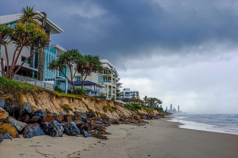 Coastal erosion Gold Coast. Image credit : Cris Barnes